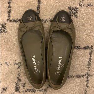 Chanel ballet flats size 37